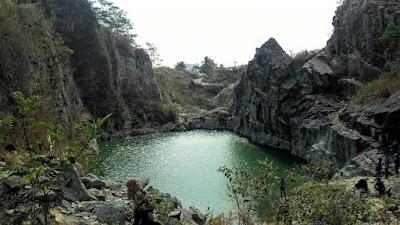 Danau Batu bacan Sukabumi