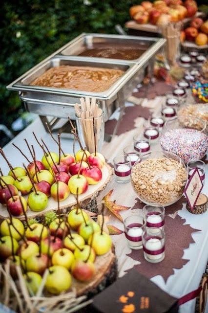 candy apple wedding station
