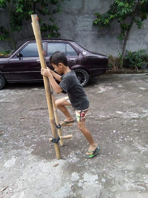 Tajog bambu permainan tradisional anak-anak Bali