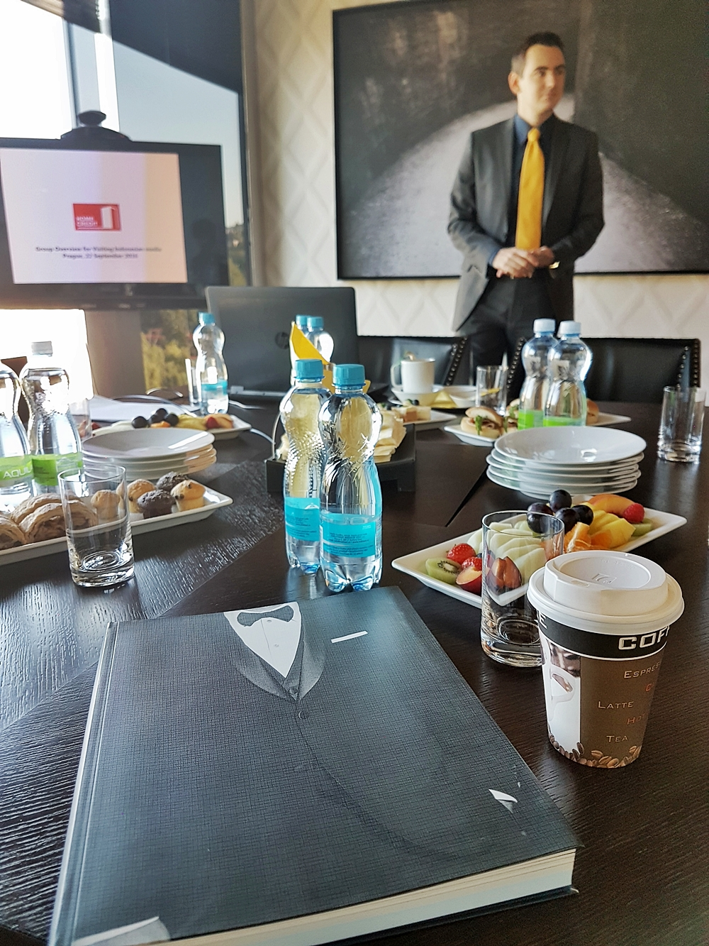 DELUXSHIONIST TRIP TO PPF GROUP OFFICE PRAGUE