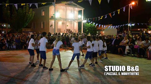 Λαϊκή βραδιά με παραδοσιακού χορούς στη Νέα Τίρυνθα Αργολίδας (βίντεο)