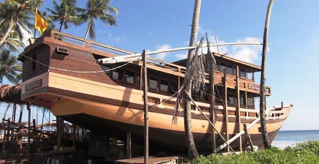 Kapal Wisata