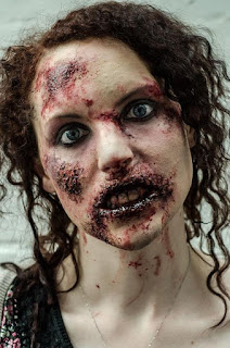 Best Halloween Zombie Costumes Make Up Ideas For Girl in 2016