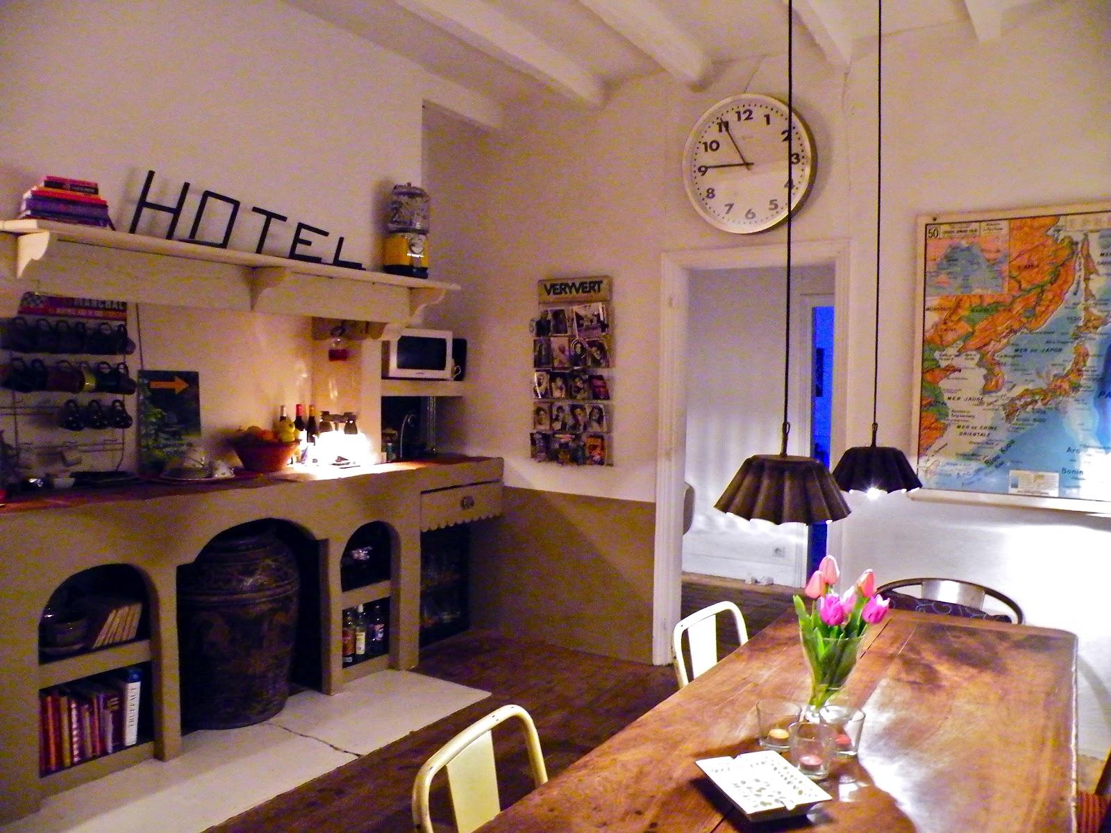 la maison de louna chambres d hotes design vintage. Black Bedroom Furniture Sets. Home Design Ideas