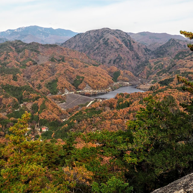 昇仙峡 弥三郎岳 荒川ダム 能泉湖 紅葉