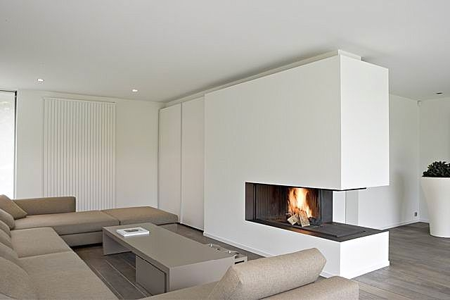 3 SIDED GAS FIREPLACE LOGS  Fireplaces