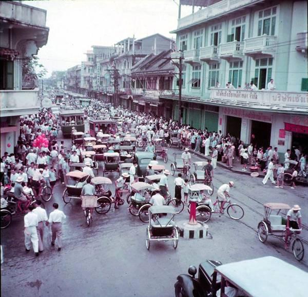 Yaowarat road, 1951. Foto: teakdoor.com