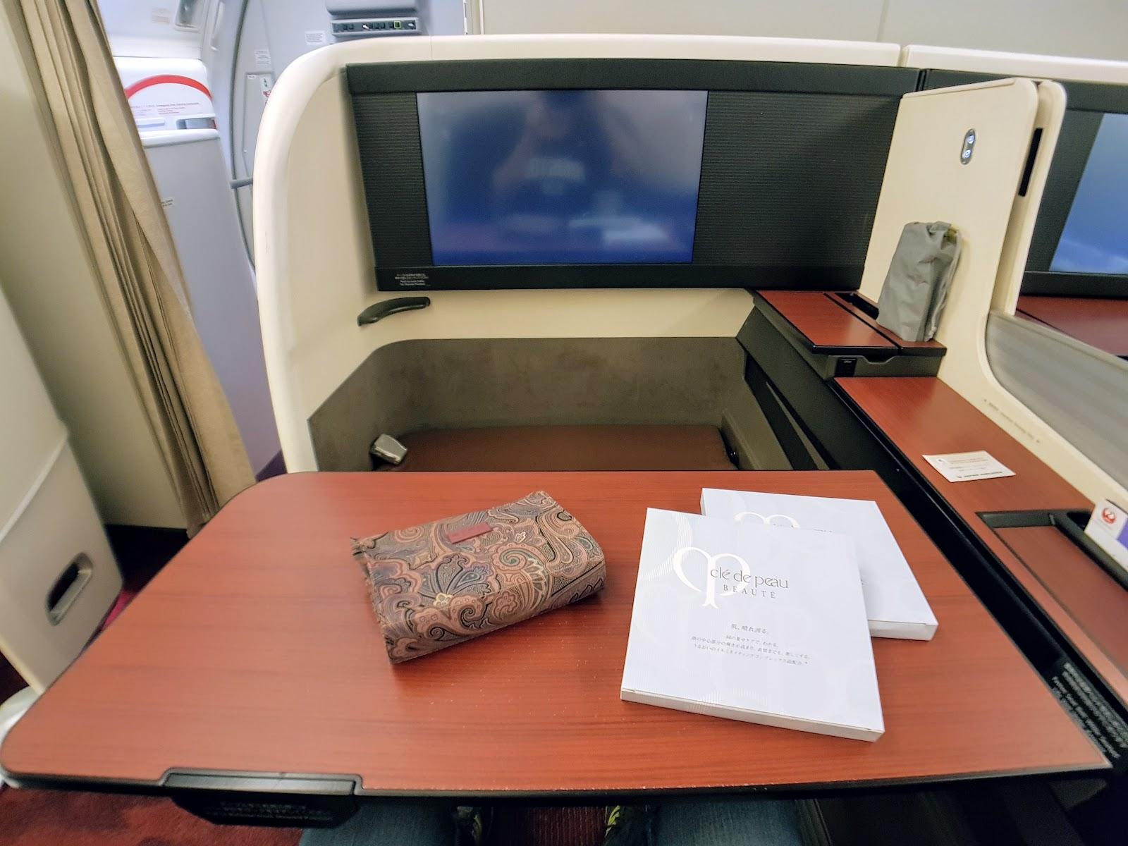 飛行|日本航空 JL61 洛杉磯→成田 (LAX-NRT) 77W 頭等艙