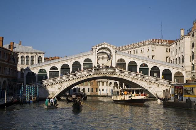 www.viajesyturismo.com.co700x466