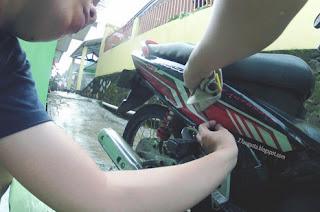cara bikin desain stiker motor sendiri