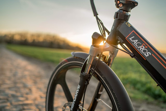 E-Mobilität für Minimalisten – Klapp-E-Bike Scamper S400 XL von Shinga Lacros | Falt-E-Bike | Faltrad | Klapprad | Falt Pedelec | Elektro Faltrad | Elektrisches Fahrrad 2