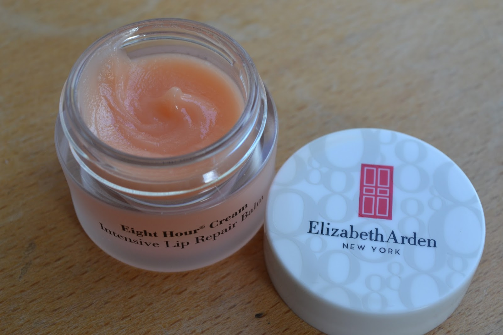 Elizabeth Arden Eight Hour Cream Intensive Lip Repair Balm open