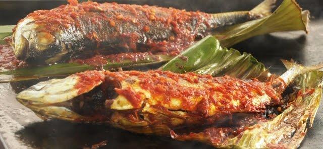 resepi mudah ikan bakar berempah Resepi Ikan Pari Bakar Melaka Enak dan Mudah