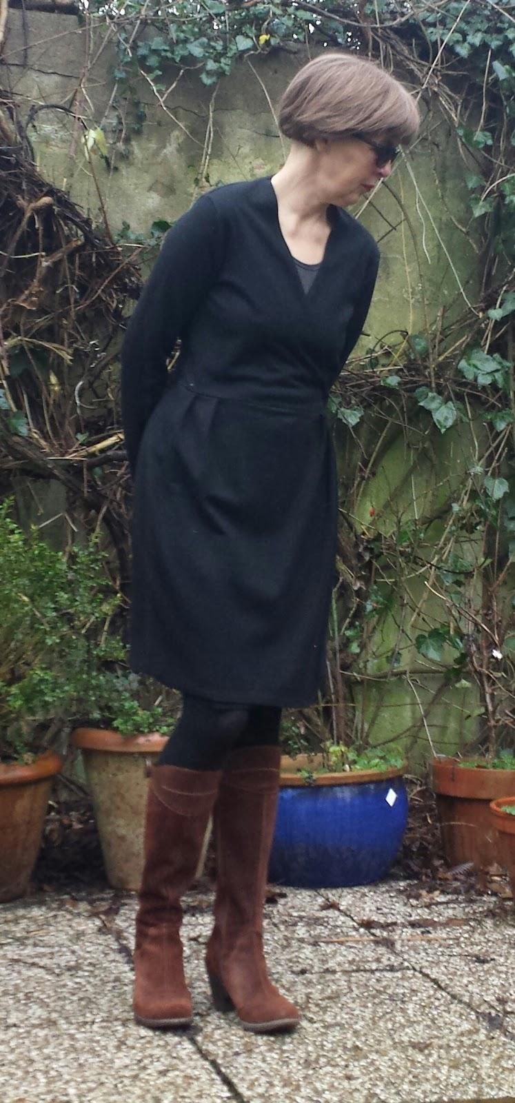bunte kleider die ersten kleider 2016 olivia wrap dress. Black Bedroom Furniture Sets. Home Design Ideas