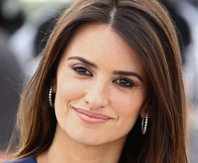 Penelope Cruz Artis Hollywood Paling Hot 2016