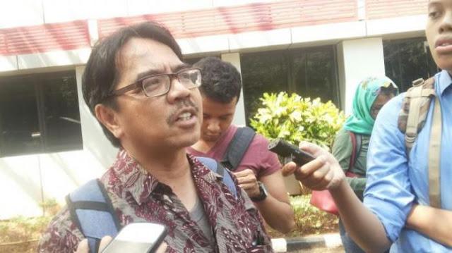 Penyidikan Kasus Ade Armando Dihentikan, Polisi Bebaskan Penista Agama