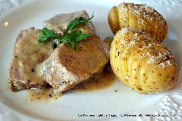 receta-de-solomillo-a-la-mostaza-con-patatas-hasselback