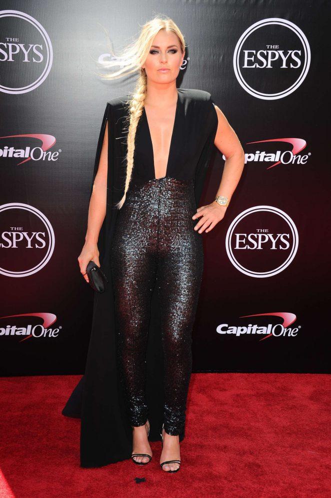 Lindsey Vonn bares skin at the 2016 ESPY Awards in LA