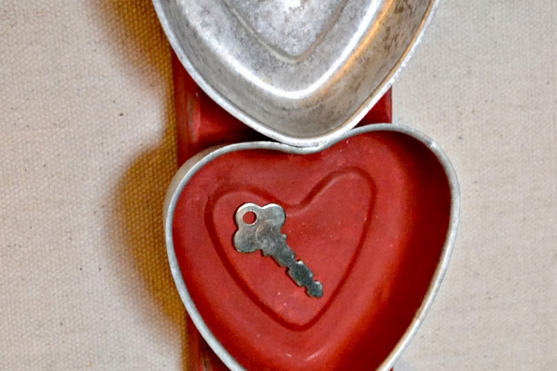Repurposed Bakeware for Valentine's Day