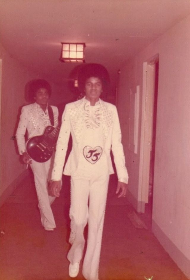 Rare Vintage Photos Of Michael Jackson And His Family