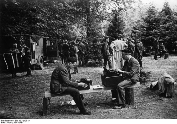 22 June 1940 worldwartwo.filminspector.com Shirer Compiegne Armistice France