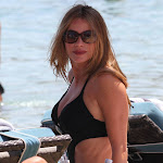 SOFIA VERGARA IS SPOTTED IN GREECE BECAUSE OF THE WAY SHE STICKS OUT IN A BLACK SWIMSUIT