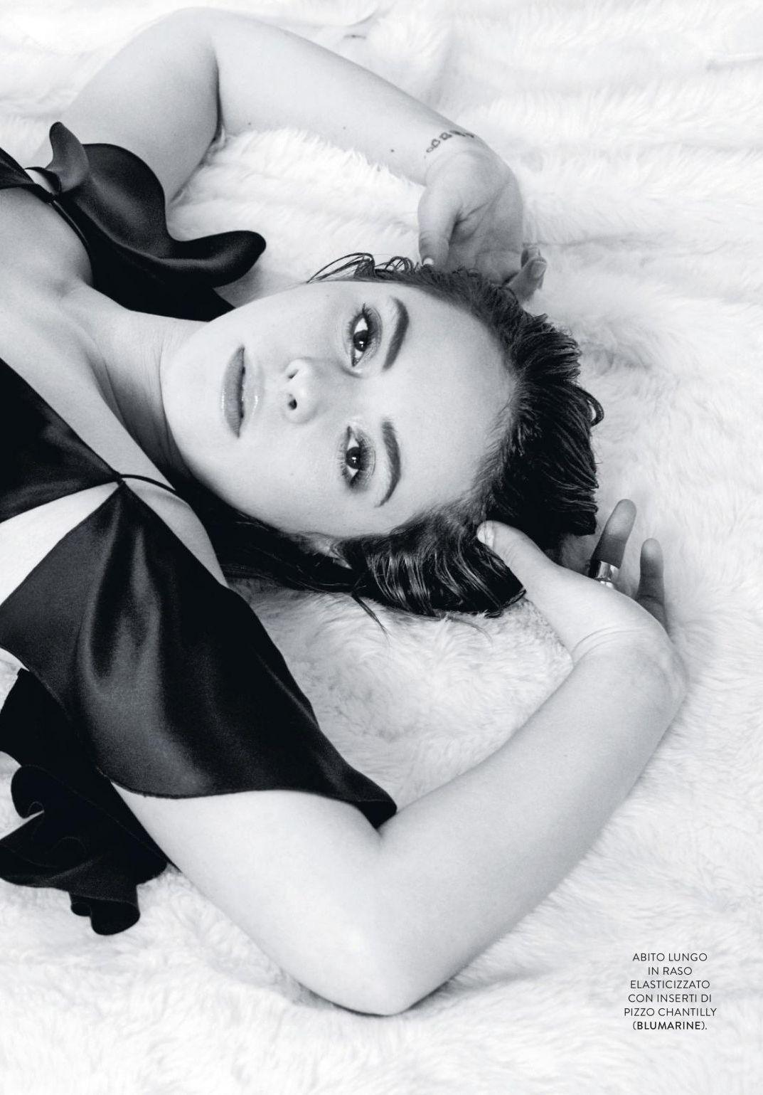 Francesca Michelin In Grazia Magazine Italy January 2018