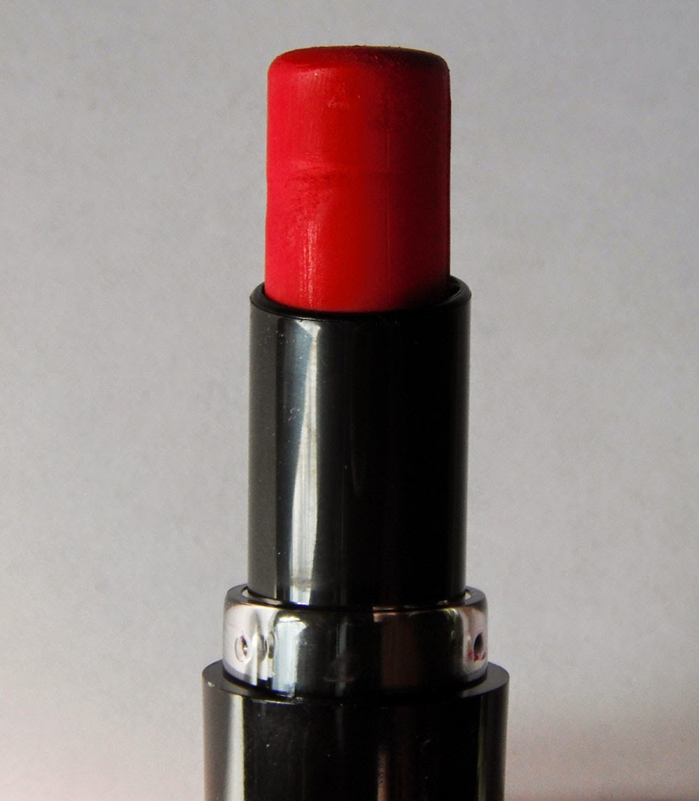 Forme rouge à lèvres stoplight red wet n wild