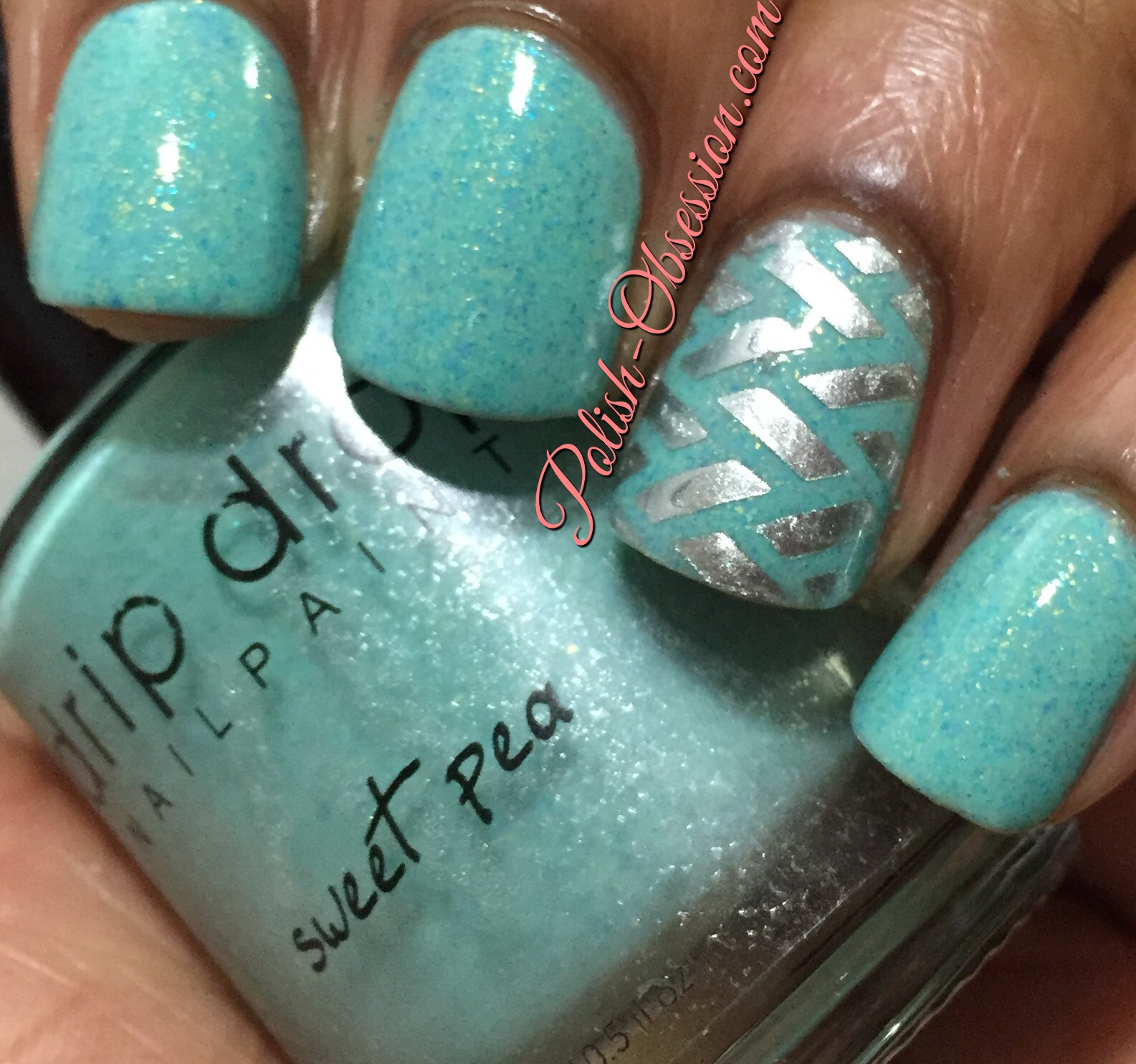 Sweet Pea Is A Mint Green With Turquoise And Holo Microglitters It Has Good Formula Opaque In Three Coats On My Accent Nail I Used Vinyls