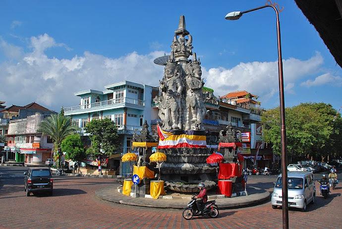 Estatua en Semarapura