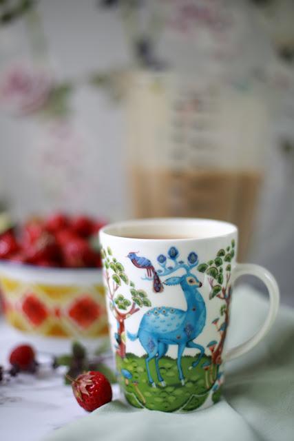 maitokahvi, iittala, satumetsä