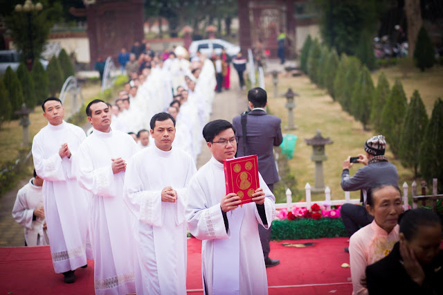 Lễ truyền chức Phó tế và Linh mục tại Giáo phận Lạng Sơn Cao Bằng 27.12.2017 - Ảnh minh hoạ 83