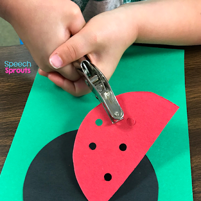 A hole punch makes the spots in the red ladybug wings in this construction paper ladybug craft. Read the post for ladybug storybook and song ideas too! www.speechsproutstherapy.com