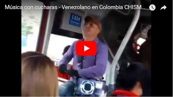 Emigrante venezolano gana dinero haciendo música con cucharas en Colombia