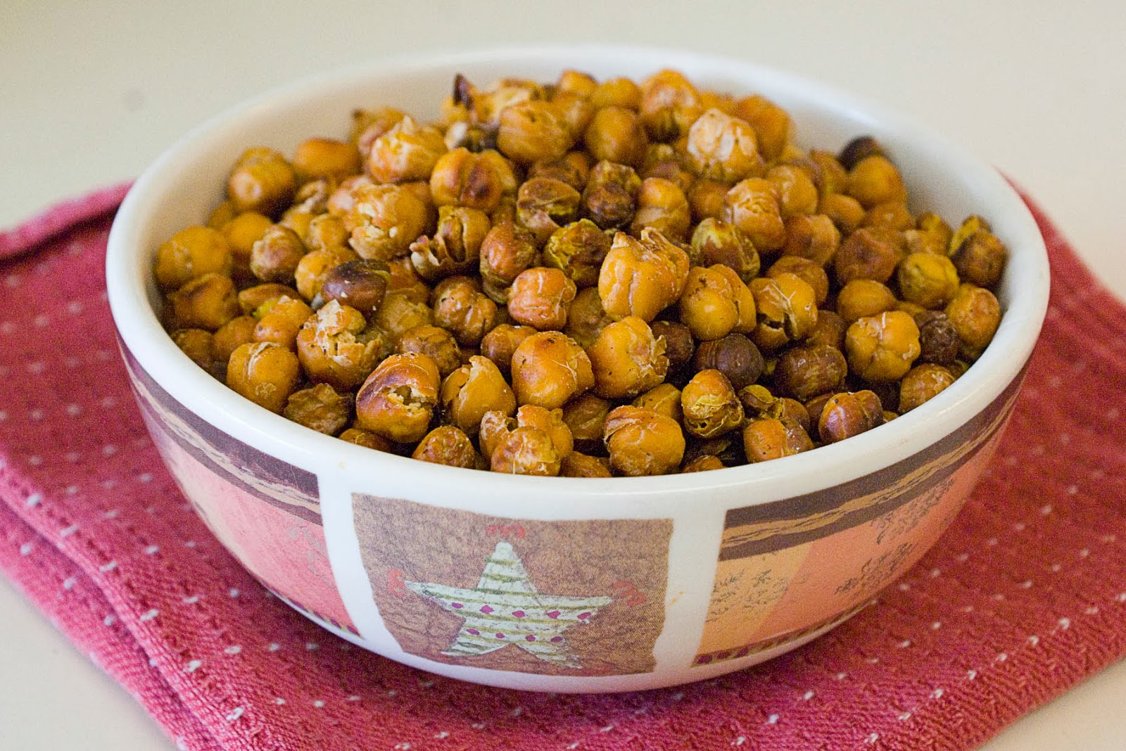 Dill Pickle Roasted Chickpeas