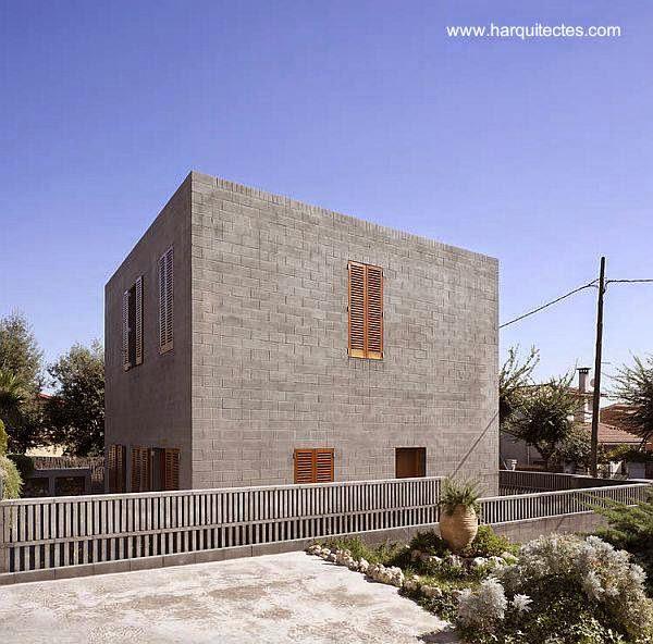 Casa cubo contemporánea en Barcelona