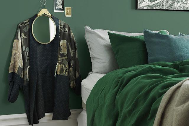 smaragd groen in de slaapkamer