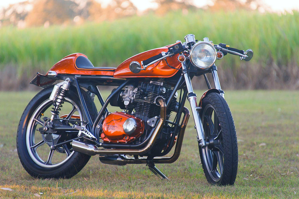 Blog of the Biker 🏍: Kawasaki KZ440 Cafe Racer - Orange Overload