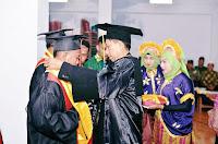 Wisuda STIH Muhammadiyah Bima Dihadiri Wakil Bupati dan Wakil Walikota Bima