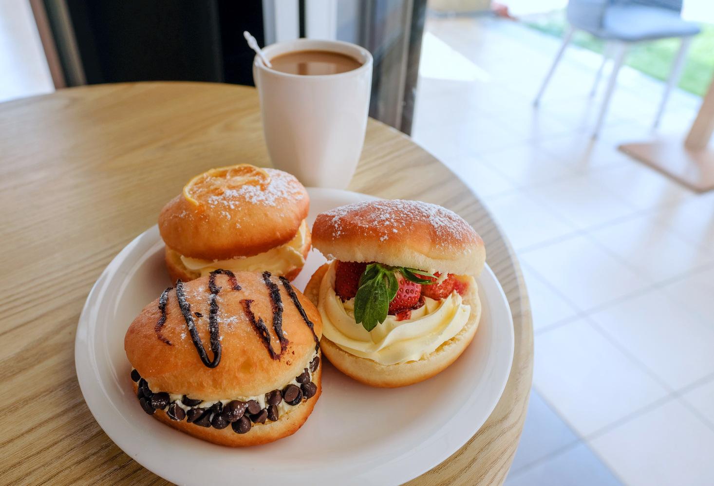 frische krapfen & donuts, shah alam