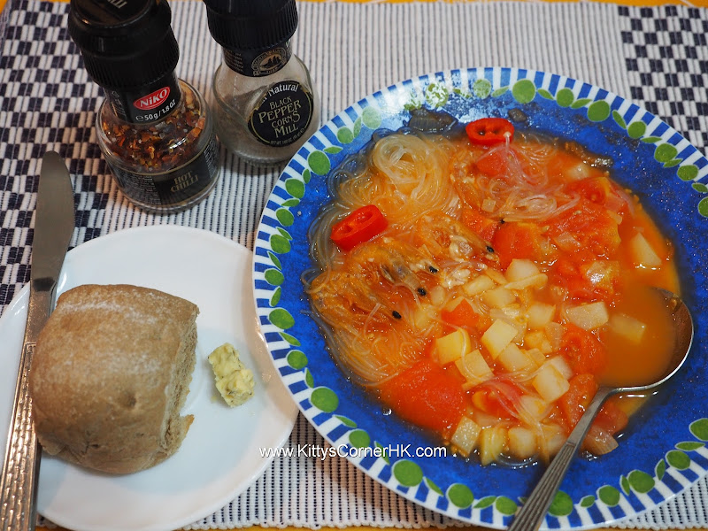 Soup vermicelli with tomato and potato recipe 蕃茄薯仔湯粉絲自家食譜