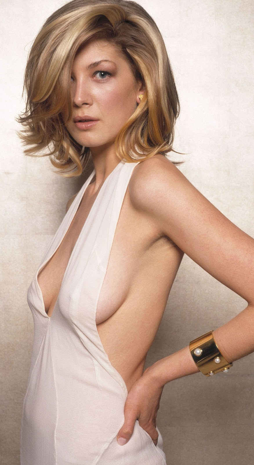 Rosamund pike naked