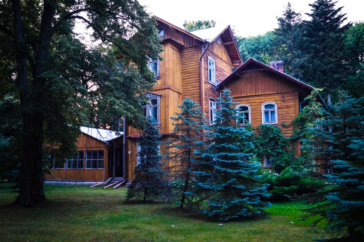 Palacyk_Mysliwski_Potockich_w_Julinie