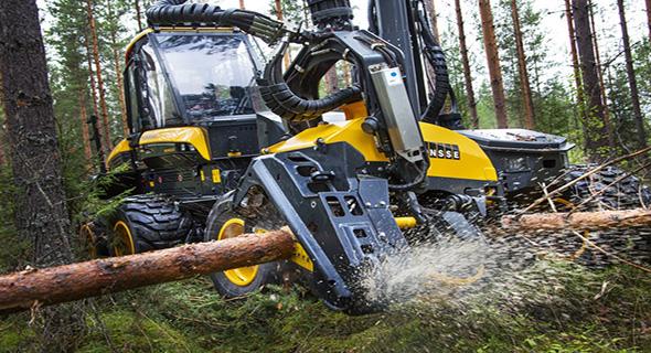 Mesin Penebang Pohon Yang Sangat Mengerikan