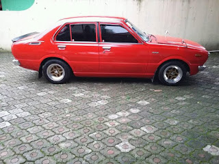 LAPAK SEDAN RETRO JEPANG : DIjual Toyota Corolla KE30/Corvet 1979