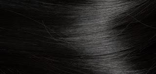 وصفة منزلية سهلة لترطيب الشعر المجعد و الجاف