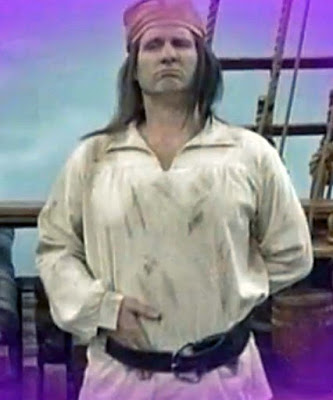 Al Bundy als Pirat lustig