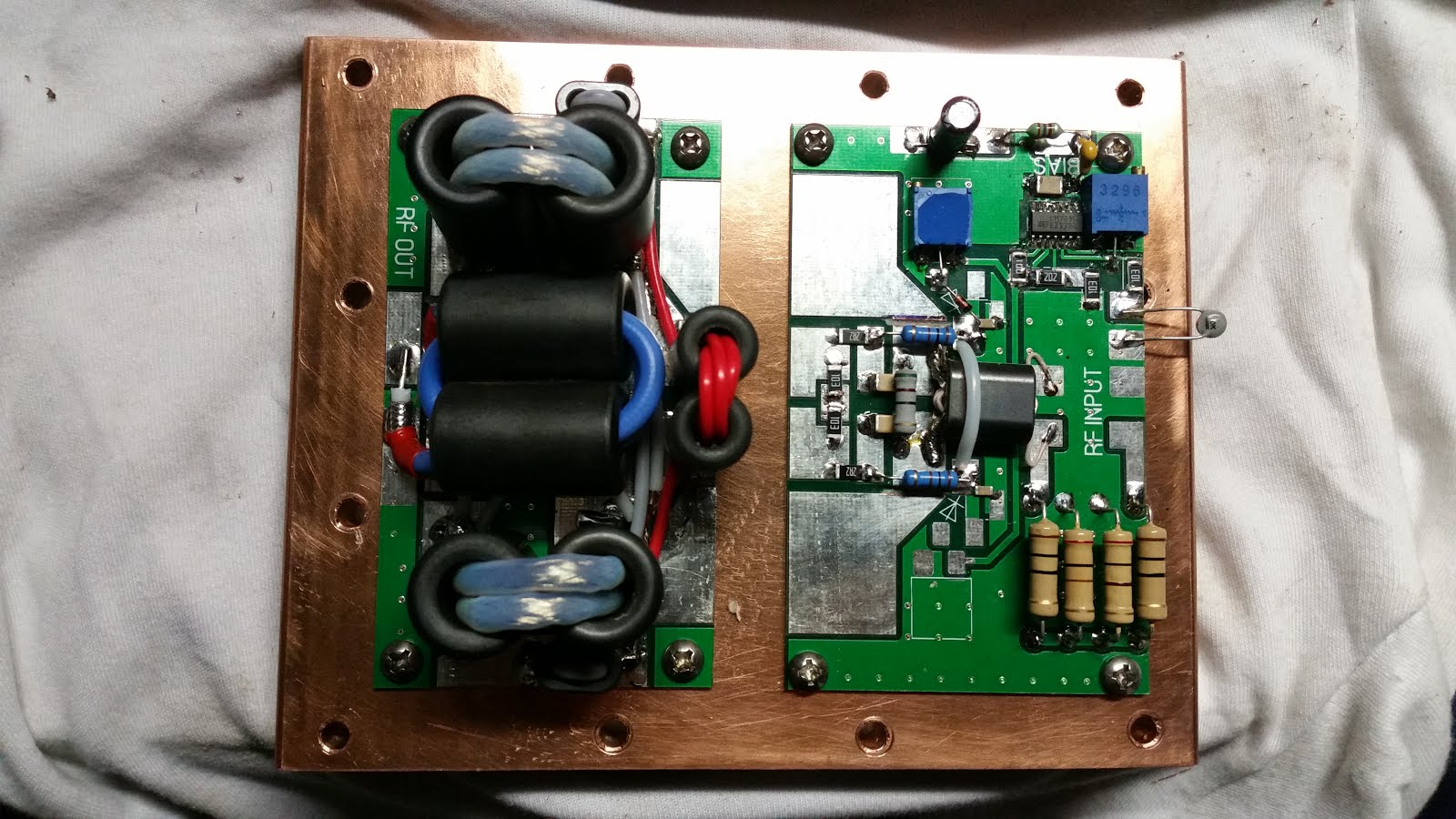Solid state Linear Amplifier project: BLF188XR HF Amplfier