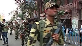 central-para-military-conducts-rout-march-in-kolkata
