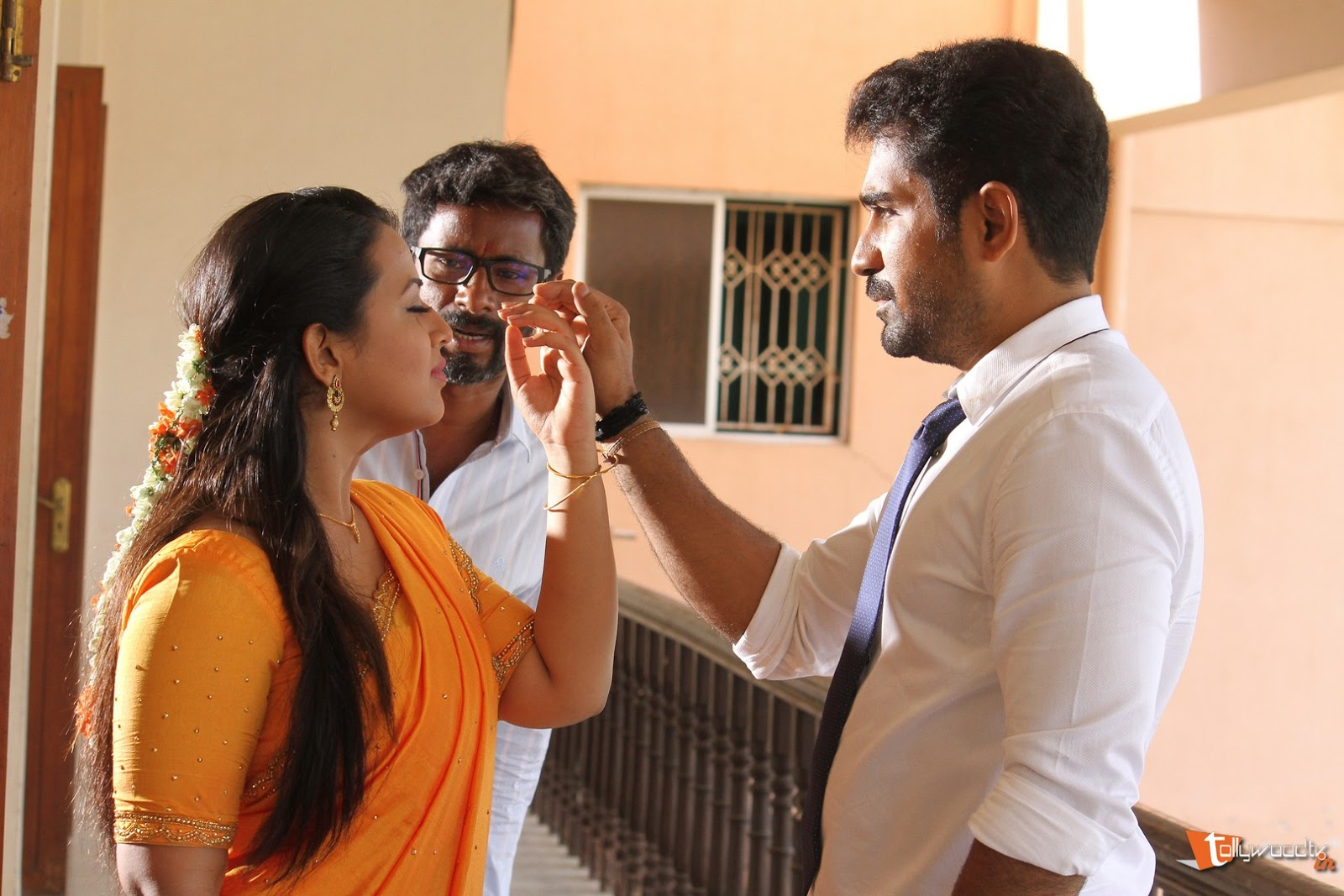 Indrasena Working Stills-HQ-Photo-8